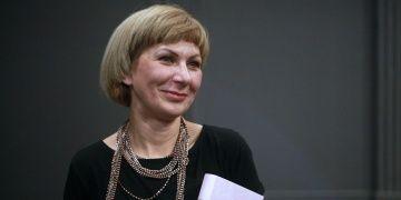 Bir mühtedi romanı yazan Hırvat yazar İvana Sojat devşirmeliği övüyor
