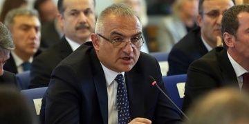 Bakan Ersoy: Arkeolog istihdamı şartıyla 20 kazıya destek vereceğiz