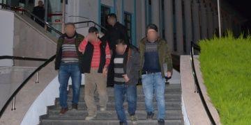 İznikte 4 metrelik çukur kazan 2 defineci tutuklandı
