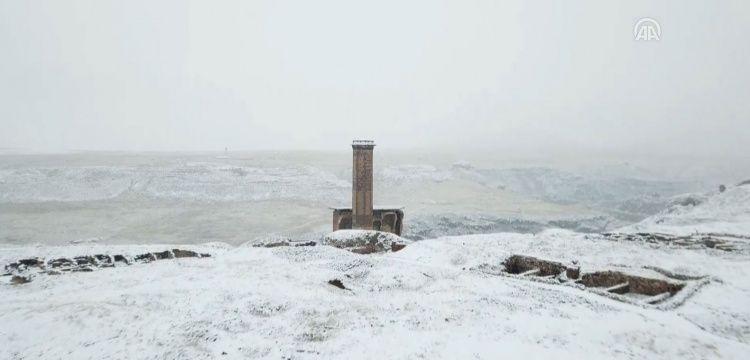 Ani Örenyeri kar altında bir başka güzel