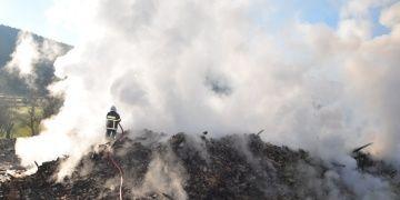Aksekinin ünlü tarihi düğmeli evlerinden biri yandı