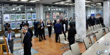 Cengiz Aytmatov anısına Türk Destanları ve Şehir Meydanları sergisi