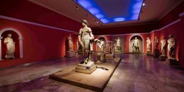 Yeni Antalya Arkeoloji Müzesi eski yerinde olmalıdır kampanyası