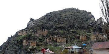 Çukurca tarihi kale evleri restore edilip turizme açılacak