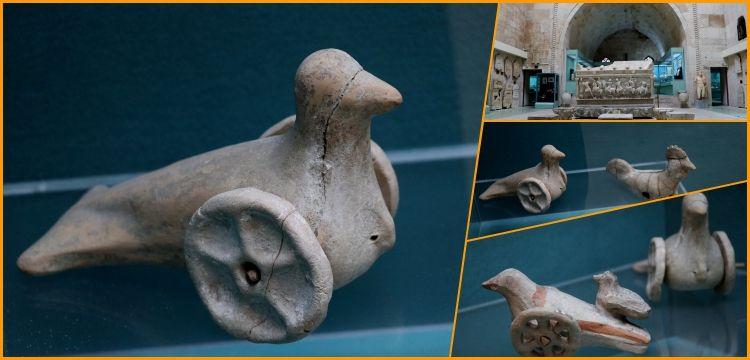 Kütahya Arkeoloji Müzesi'nin eşsiz eserleri: 2700 yıllık Frig oyuncakları