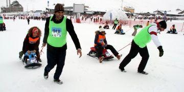 Erciyes kış turizm tesislerinde Artık Çekilmez Oldun yarışması