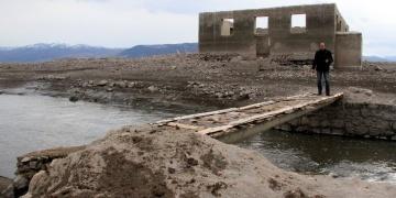 Suşehride 40 yıldır su altında kalan köy su yüzüne çıktı