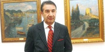 Tarihi eserlerin çerçevesini çaycıya boyatan müze müdürü ceza aldı