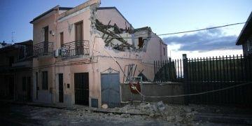 Sicilya adasında bir euroya ev satın alabilirsiniz