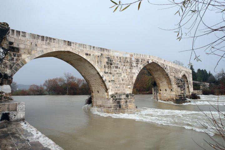 Türkiye'nin en görkemli Taşköprüsü: Alaeddin Keykubad Köprüsü