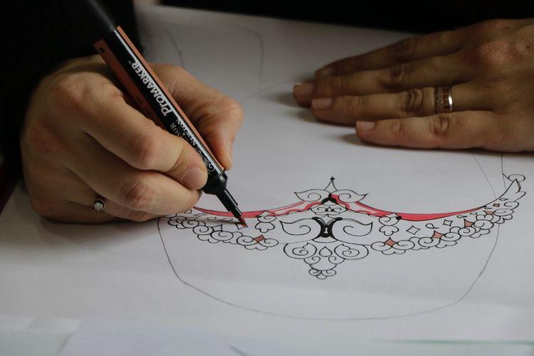 Fatih Sultan Mehmet ve 2'inci Abdülhamid'in elbiseleri yeniden üretildi