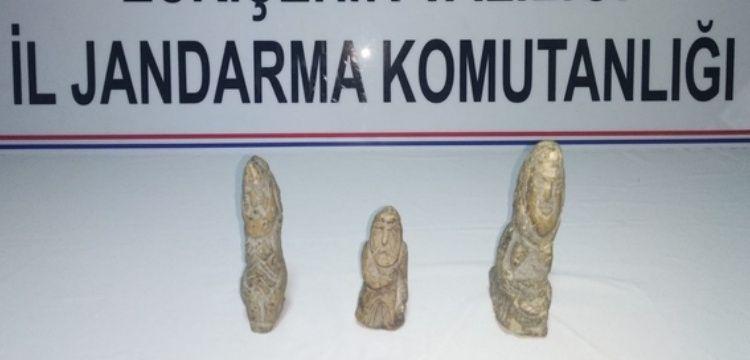 Eskişehir'de 3 kişi tarihi eser olduğu sanılan 3 heykelle yakalandı