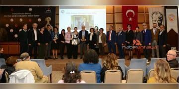 Prof. Dr. Jale İnan 2018 Antalya Yılın Kadını ödülü Suna Kıraçın oldu
