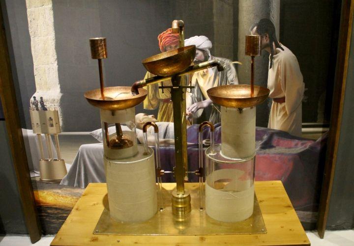 Cezeri'nin Olağanüstü Makineleri sergisi UNIQ Expo'da açıldı