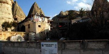 Göremede büyük tepki gösterilen otelin inşaatı durduruldu