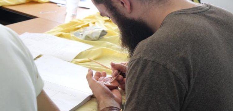 ANAMED, Anadolu'nun kadim dilleri ve çivi yazısını öğretmeyi sürdürüyor