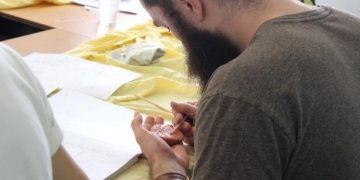 ANAMED, Anadolunun kadim dilleri ve çivi yazısını öğretmeyi sürdürüyor
