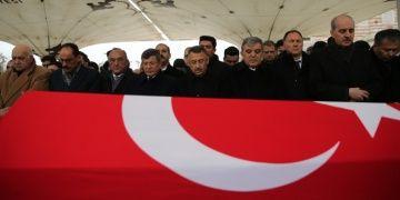 Ünlü tarihçi Prof. Dr. Kemal Karpatın cenazesi toprağa verildi