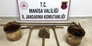 Sardes Antik Kentinde kaçak kazı yazan defineciler yakalandı