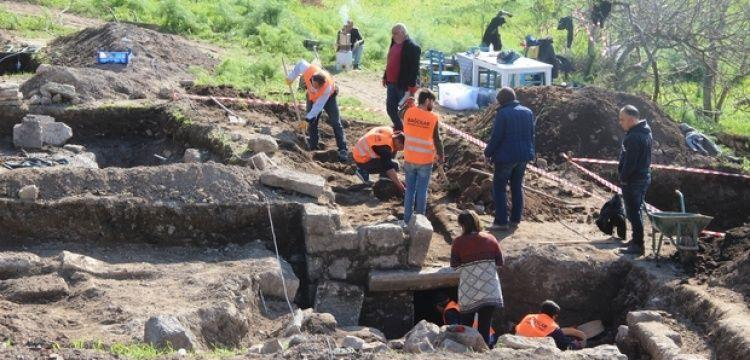Bodrum'da inşaat alanındaki sondajda antik kaya mezarları bulundu