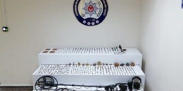 Elazığda tarihi eser kaçakçılığı operasyonu: 2 gözaltı