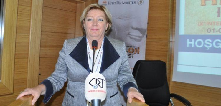 Prof. Dr. Aygül Süel, Hititlerde kadının yerini anlatacak