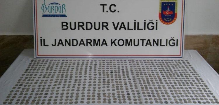 Burdur'da 782 adet Selçuklu Sikkesi yakalandı.