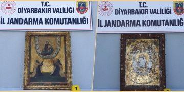 Diyarbakırda yakalanan altın işlemeli iki tablo 800 yıllık tarihi eser çıktı
