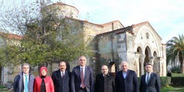 Bakan Ersoy, Sümela Manastırı ve Ayasofya Camisini ziyaret etti