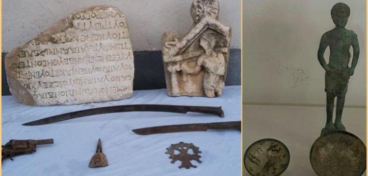 Denizli'nin iki ayrı ilçesinde Roma dönemine ait tarihi eserler yakalandı