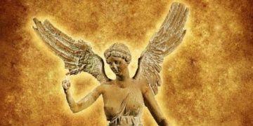 Aliağa tarihine damga vuran tarihi ve mitolojik isimler büstle yaşatılacak