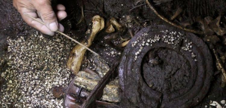Aztekler, kurban ettilerİ jaguarı savaŞÇı gibi sÜslenmİŞler