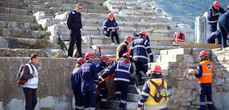 Boğaziçi Üniversitesi, Efes Antik Kenti'nde deprem tatbikatı yaptı