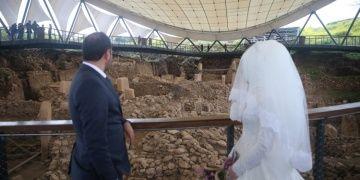 Göbeklitepede nikah kıyarak evliliğe adım attılar