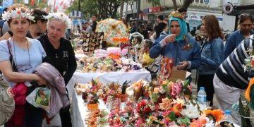 Portakal Çiçeği Karnavalı otelleri doldurdu, turizmcilerin yüzü gülüyor