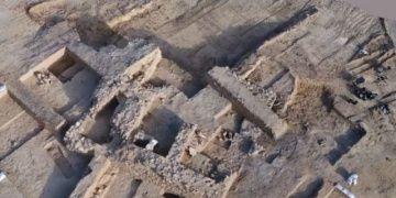 İsrailin Birüssebi kentinde 2 bin yıllık antik yerleşim alanı bulundu