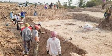 Six ancient graves discovered in Cambodia
