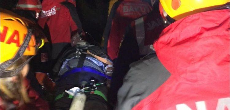 İznik'te kazdıkları kuyuda mahsur kalan 7 defineciden biri öldü