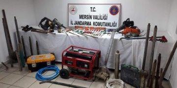 Tarsusda kaçak kazı yapan defineci yakalandı