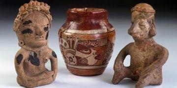 Arkeologlar Guatemalada bilinen en büyük Maya figürin atölyesini keşfetti