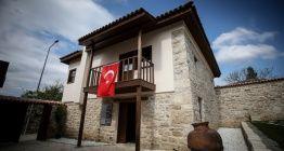 Atatürkün Eceabattaki karargahı müze olarak hizmet veriyor
