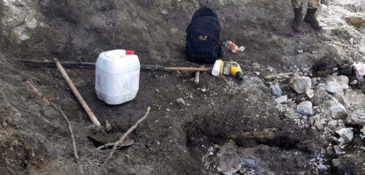 Kahramanmaraş'ta 4 defineci 20 kilo asitle yakalandı