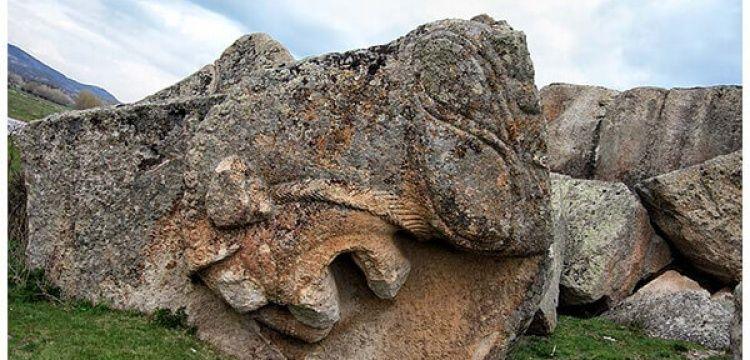 Güven İslamoğlu, Yılanlıtaş anıtının korunmaya alınmasını istedi
