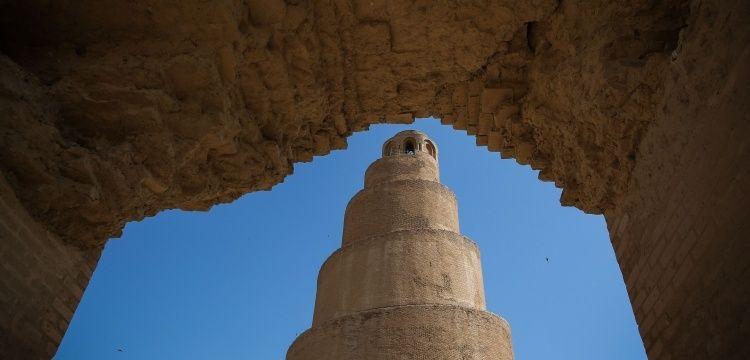 Irak'ın Abbasi mirası Melviye minaresi yıkılma riski taşıyor