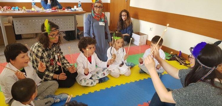 Minik öğrenciler, ODTÜ'den  arkeoloji, matematik, fizik, kimya öğreniyor