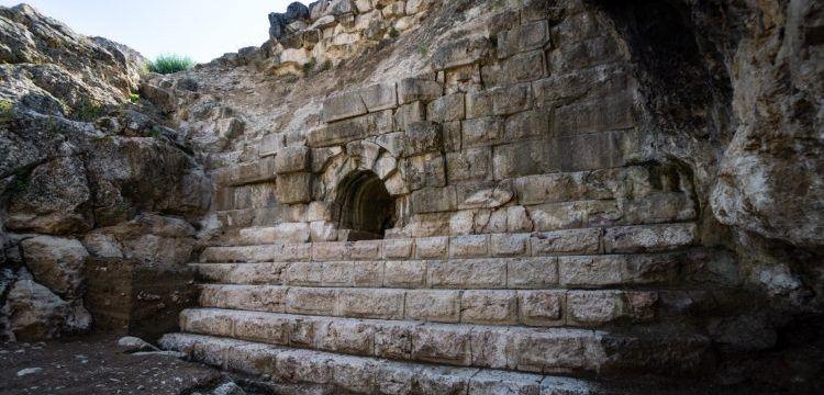 2 bin yıllık Örükaya Barajında 2019 yılı arkeoloji çalışmaları başladı