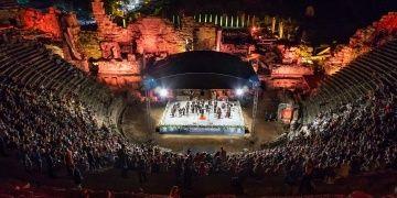 Side Antik Tiyatrosu Türk Rus Klasik Müzik Festivalinde doldu, taştı!