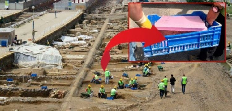 Haydarpaşa Garı'nda çalışan arkeologlar top mermisi buldu