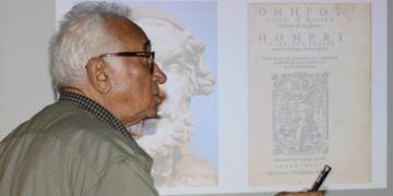 Arkeolog Coşkun Özgünel Smintheion Arkeoloji Kazıları Bursada Anlattı