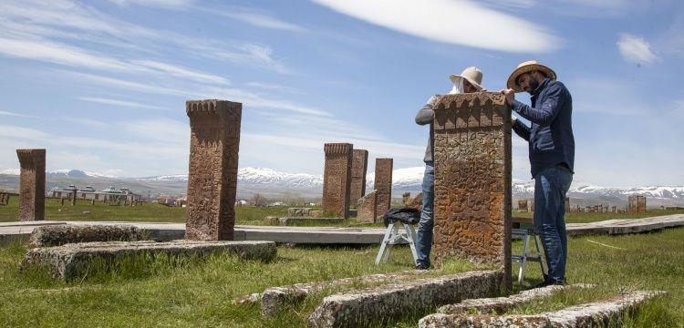 Ahlat Selçuklu Mezarlığı 2019 yıl kazı ve restorasyon çalışmaları başladı